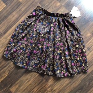 NWT LuLaRoe Madison skirt Size S